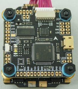 FPV квадрокоптер. полетный контроллер Diatone Mamba f405