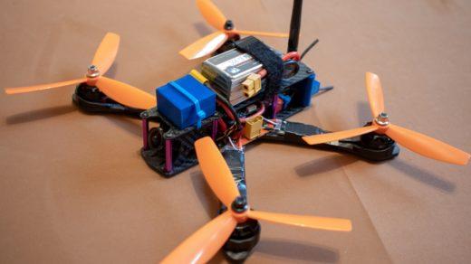 Как сделать гоночный квадрокоптер с GPS своими руками. Пошаговое руководство.